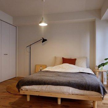 こちらは寝室として。