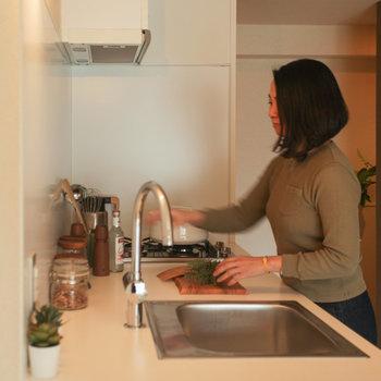 【イメージ写真】調理スペースが広いため料理も捗りますよ。