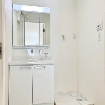 洗面室も美しくまとまっています。