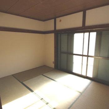 第二秋元荘