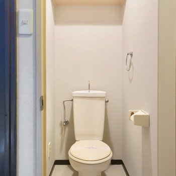トイレにはウォシュレットを取り付けられます。