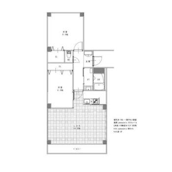 リビングは約16.6帖、隣の洋室は約6帖、北側の洋室は約9帖と広めのお部屋です。