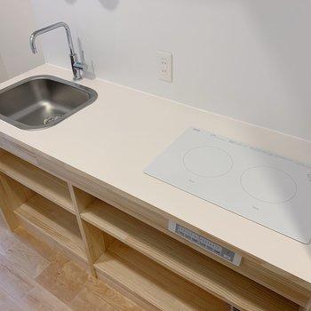 イメージ】キッチンはシンプルながらも2口で使い勝手良し