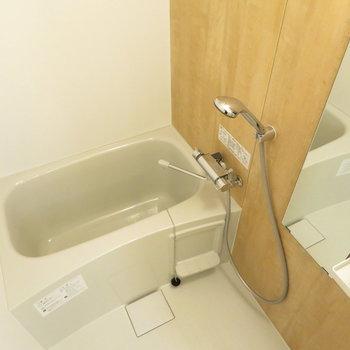 浴室は新品に交換ですよ