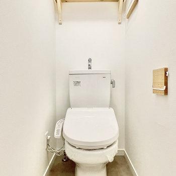お手洗い上部に棚が付いているの、ポイント高いです