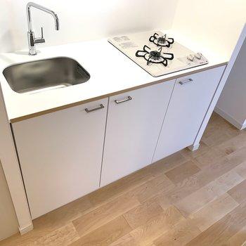 キッチンの調理スペースも広めで使いやすいですね