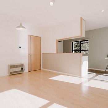 広々のリビング・ダイニング!どんな家具をおこうか楽しみになります。