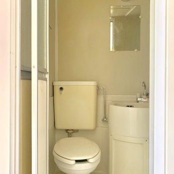 バスルームは3点ユニット。※写真は前回募集時のものです