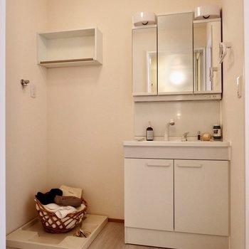 【2F】洗面台が大きくて使いやすそうですね〜!