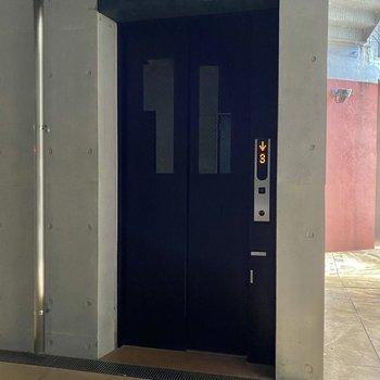 エレベーターもありましたよ。