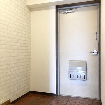 広々とした玄関。シューズボックスもしっかり置ける広さですね。