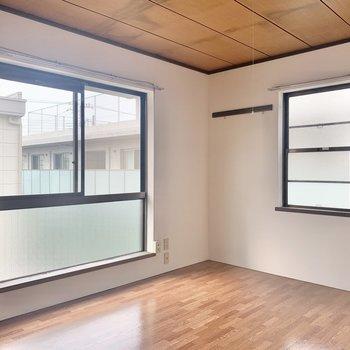 【洋室6帖】居心地が良くて落ち着くなぁ〜!※写真は2階の反転間取り別部屋のものです