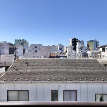 【南側バルコニーからの眺望】