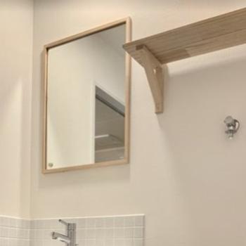 【イメージ】鏡はこちらのサイズ。隣には便利な棚も設置!
