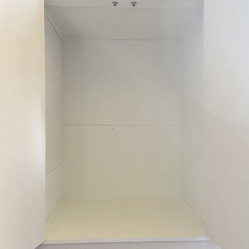 収納は2箇所に設置されています。