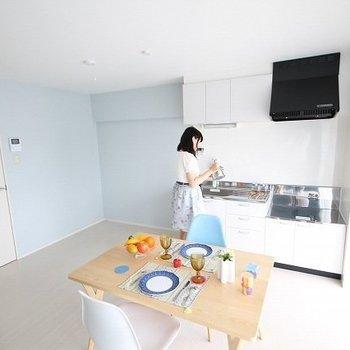 伊藤忠ビル 3B・4A号室