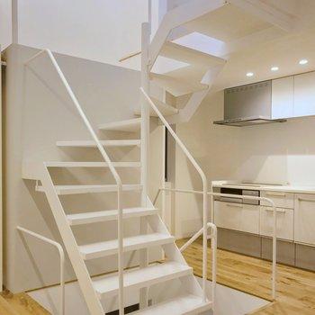 それでは、3階部分へのぼってみましょう。