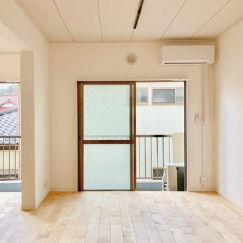 【イメージ】窓がたくさんで開放的なお部屋