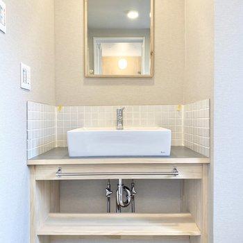 【イメージ】可愛らしい造作の洗面台です