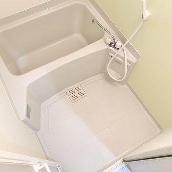 浴室もミントグリーン。アロマを入れた入浴を楽しみたいな。