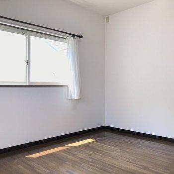 洋室もこんなに広々です