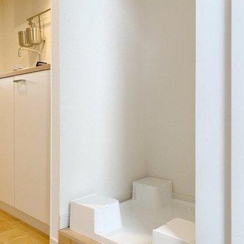 【イメージ】洗濯機置き場は玄関にあります