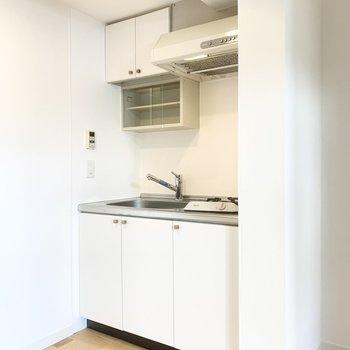 キッチンも内装と統一感があります。