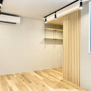 木のぬくもり溢れるお部屋です。※写真は4階の同間取り別部屋のものです