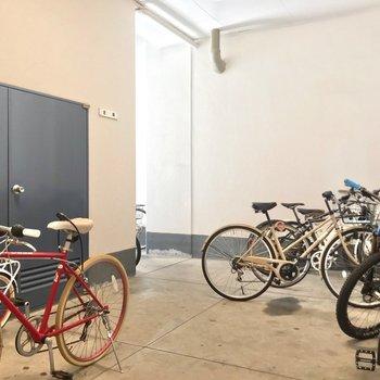 駐輪場も室内にあります。