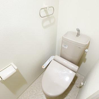 トイレもウォシュレットが付いています!