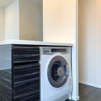 嬉しい洗濯機付き!埋め込み型なので見栄えも良し!※写真は前回募集時のものです