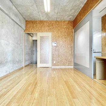 インダストリアルなコーディネートでかっこよくまとめたいなぁ。※写真は5階の同間取・別部屋のものです