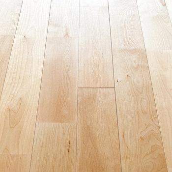 【LDK】バーチの無垢床です。