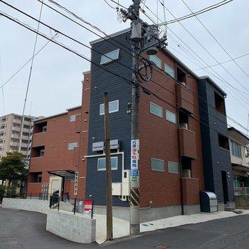 築浅の綺麗なアパートです。