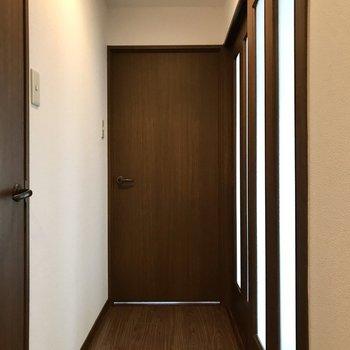 廊下側にももう1部屋洋室がありました