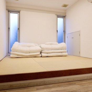 【ゲストルーム】こちらはご友人を招いた際なども寝室にレンタルできます。