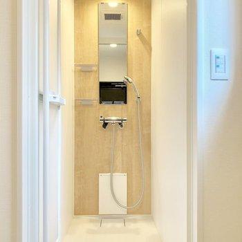 【イメージ】お風呂はささっとシャワー派のみなさまへおすすめ。
