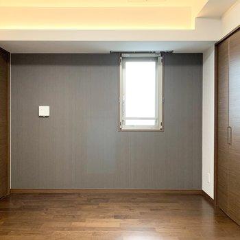 【洋5.9】こちらは5.9帖とこぢんまりとした印象。(※写真は11階の同間取り別部屋のものです)