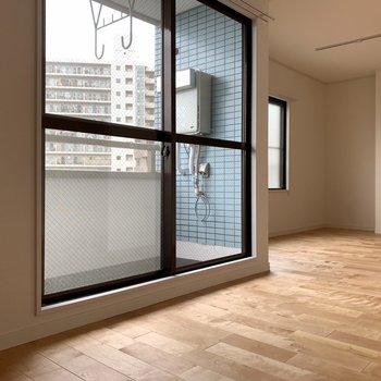 ぬくもりのある暮らしを※写真は5階同間取り、別部屋のもの