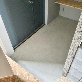 玄関土間は普通サイズかな?