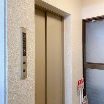 エレベータ付きなので、お部屋までも楽チン◎