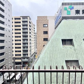 こっちは並ぶマンション達。都会って感じだなあ。