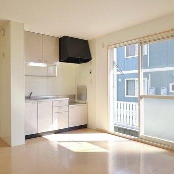 ありのままに過ごせる暖かい角部屋。(※写真は1階の同間取り別部屋のものです)