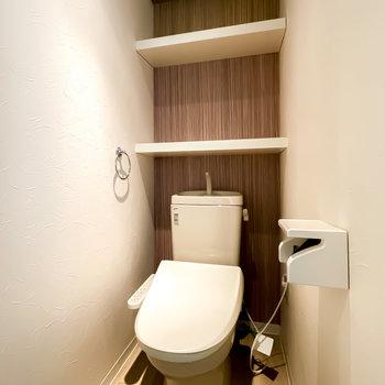 ウォシュレット付きのトイレは、照明の仕方がまるでホテルのよう!