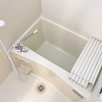 清潔感のある浴室で、日々の疲れもリフレッシュ。