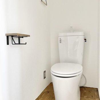 トイレまで無垢床!そして小物もかわいい♪