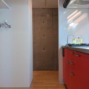 ゆとりのある広さのキッチンスペースです。