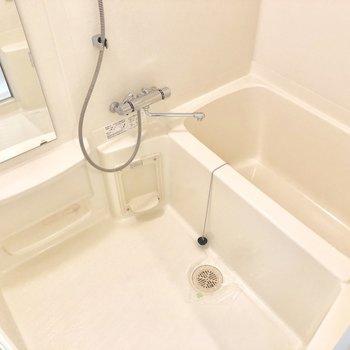 お風呂もゆったりサイズでした!(※写真は4階の同間取り別部屋のものです)