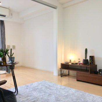 まずはDKから!※写真は3階の反転間取り別部屋、モデルルームのものです