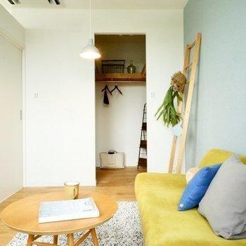 寝室にはウォークインクローゼット※写真は4階の似た間取り、別部屋のもの